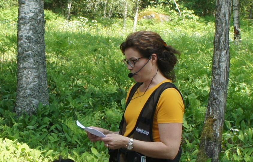 Länsstyrelsens reservatsförvaltare Anna-Karin Roos berättade om arbetet i Fasaskogen.
